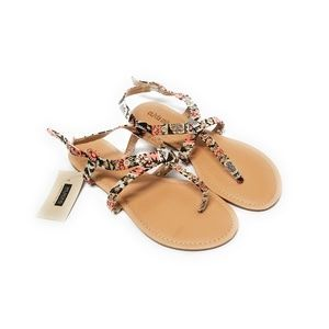 NWT WILSON LEATHER Aztec Print Thong Sandals 9